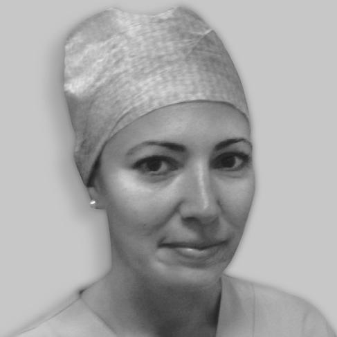"Dr Adriana Bratu, Vitreoretinal surgeon at ""Santa Maria Delle Croci"" Hospital, Ravenna, Italy"